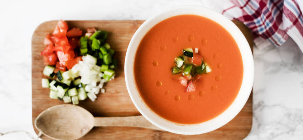 made-in-spain-prepara-el-autentico-gazpacho-andaluz
